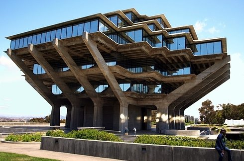 geisel-library-at-university-of-california-san-diego-california-2