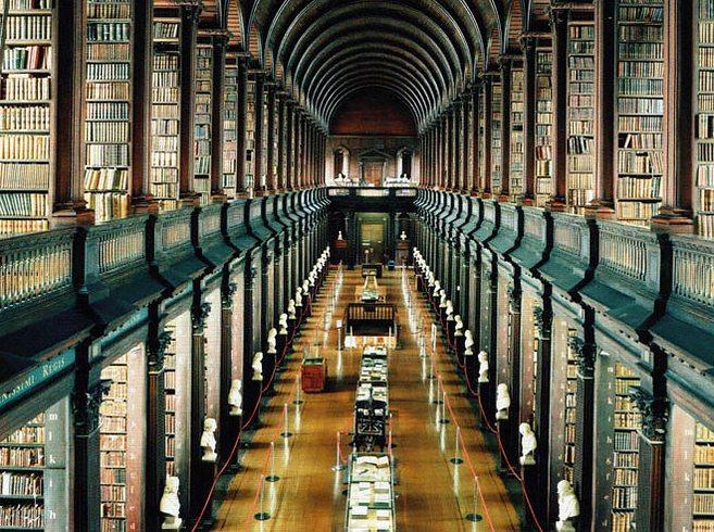 trinity-college-library-at-university-of-dublin-dublin-ireland-1