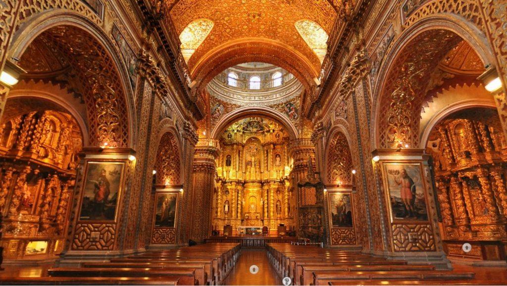 interior-of-compania-di-jesus-quito