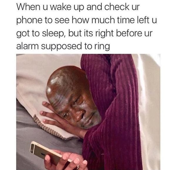 10-memes-that-sum-up-the-terror-of-waking-up-late