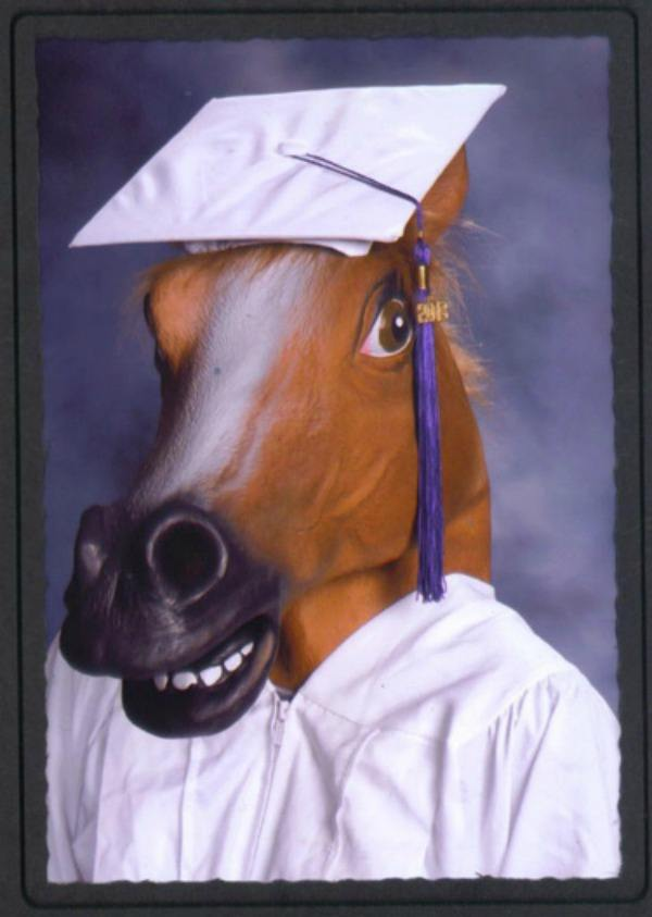8-graduation-photos-that-make-highschool-worth-it