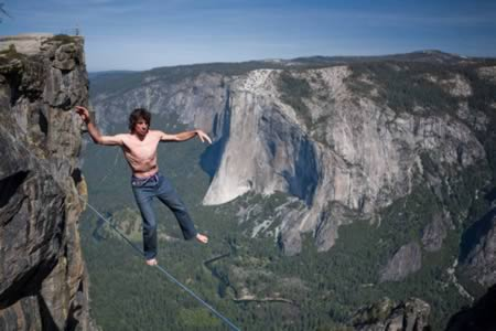 extreme-tight-rope-daredevils-1