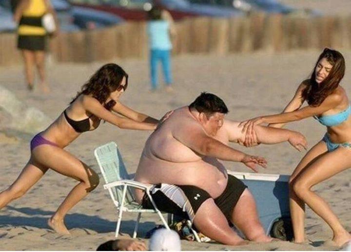 1-funniest-beach-moments-ever-summer