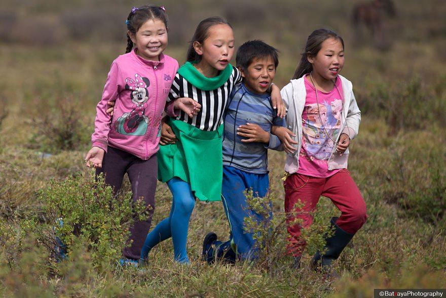 kids-mongolia-4